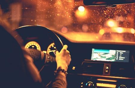 آموزش رانندگی در شب