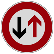 تقدم عبور با وسیله ی نقلیه مقابل